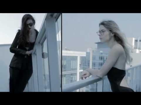 VLC ♥ The Pool por Yvan Rodic para Armani