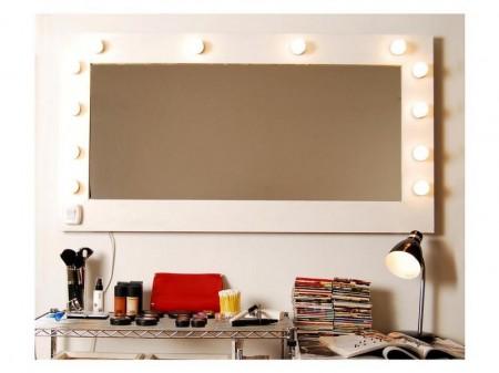 Escuelas de maquillaje: Maquillador por aquí y maquillador por allá