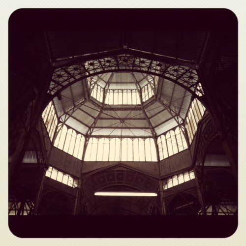 (Entre paréntesis): La ruta del vintage en Buenos Aires – Mercado y Feria de San Telmo