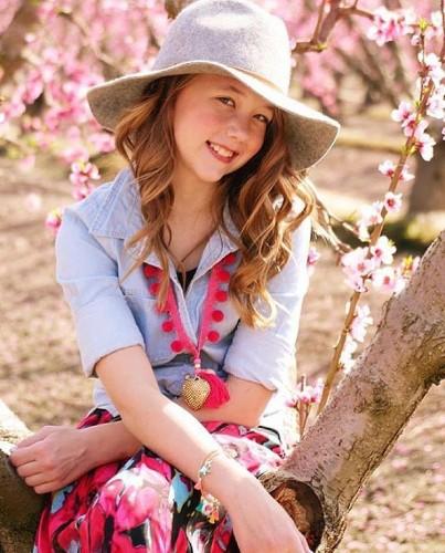 La pequeña de 7 años que vende sus accesorios hechos a mano en 350 tiendas alrededor del mundo