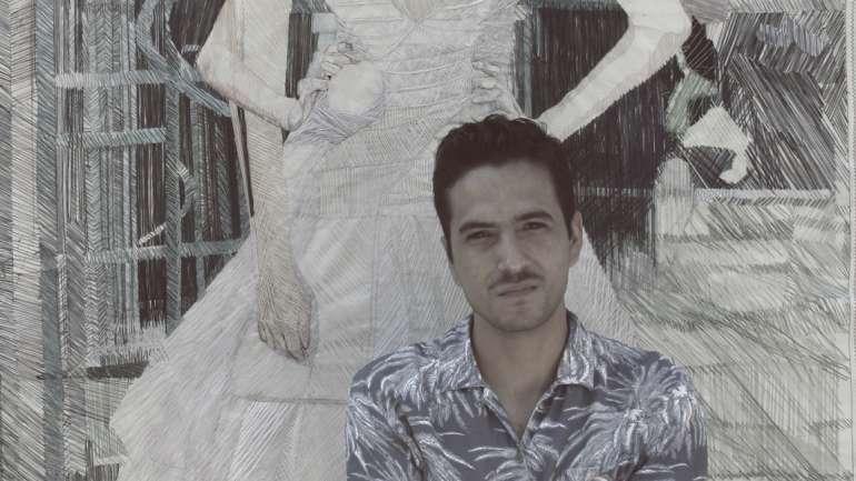 El imaginario del artista chileno Víctor Espinoza: Donde la pintura se encuentra con el hilo