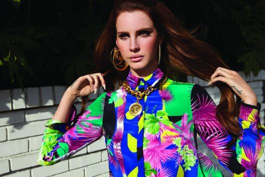 Revisamos los hitos en la historia fashion de Lana del Rey a menos de un mes de su primer recital en Chile