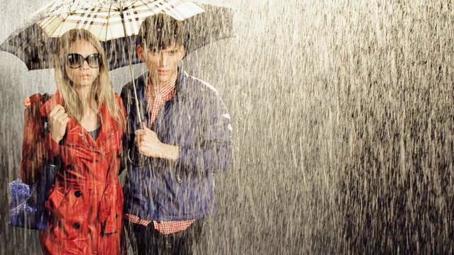 VLC ♥ Burberry April Showers Collection 2011