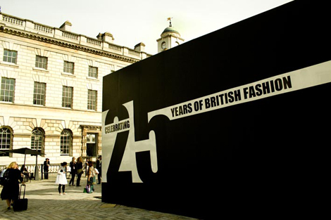 London Fashion Week: Street Fashion