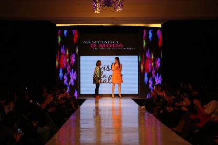 Desfile VisteLaCalle en Santiago D-moda: Loreto Correa y Rosita Tocornal