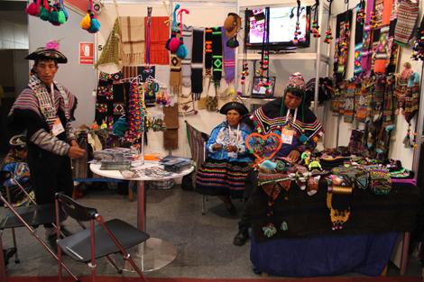 Perú Moda + Fashion Blogs Perú + Textiles = Report VLC