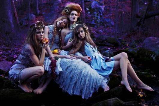 Las fotografías narrativas, fantásticas y oscuras de Susannah Benjamin