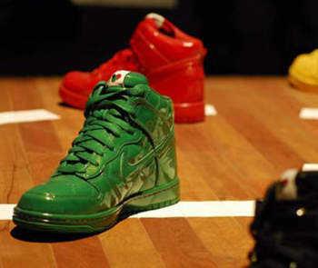 Nike Dunk 'Quilted Patent' Pack