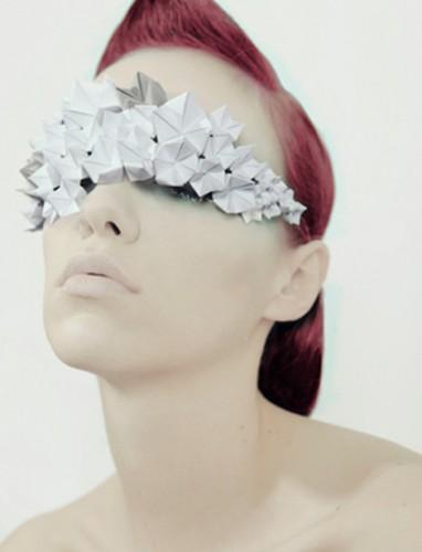 Elena Salmistraro: amor por el papel