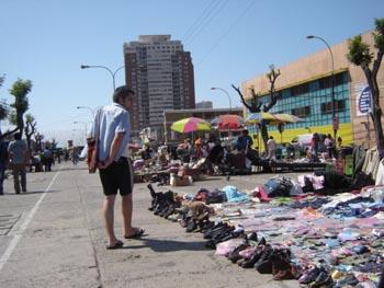 La ruta de la ropa usada en Valparaiso