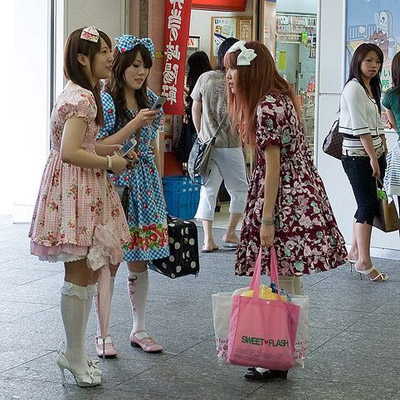 ¿Las tribus urbanas saben de moda?
