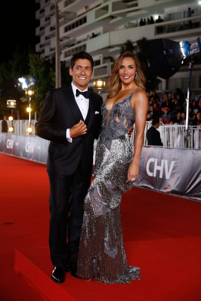 3950a7792 Los trajes de la Gala de Viña 2017 – Viste la Calle