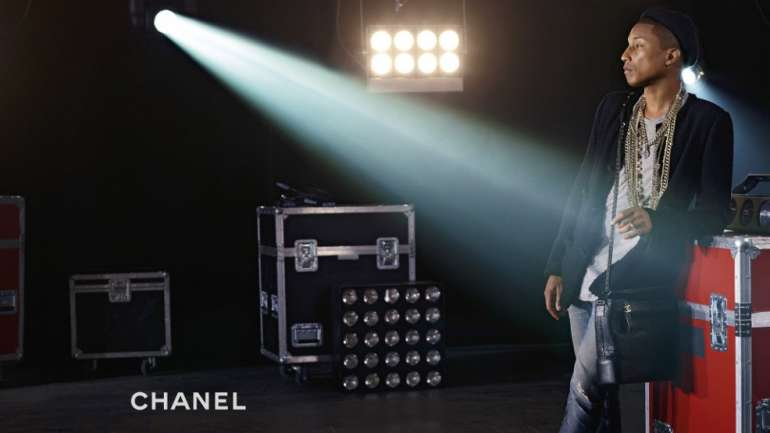 Chanel y su primera campaña de bolsos protagonizada por un hombre