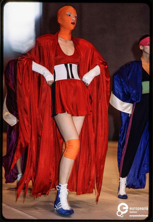 Cuando la moda se inspiró en la lucha libre