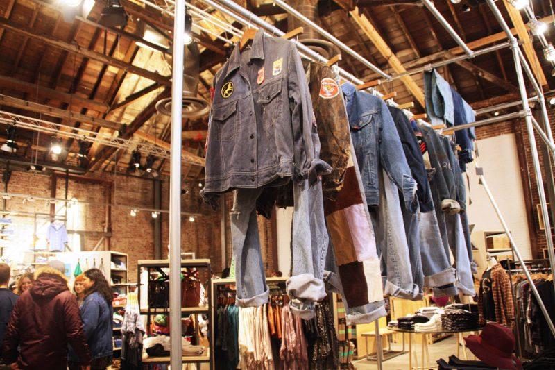 Moda y economía: ¿Por qué se están cerrando las tiendas de retail en EE.UU?
