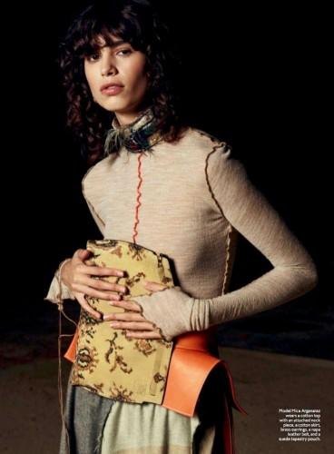 Mica Argañaraz, la modelo argentina que triunfa en las pasarelas de grandes firmas