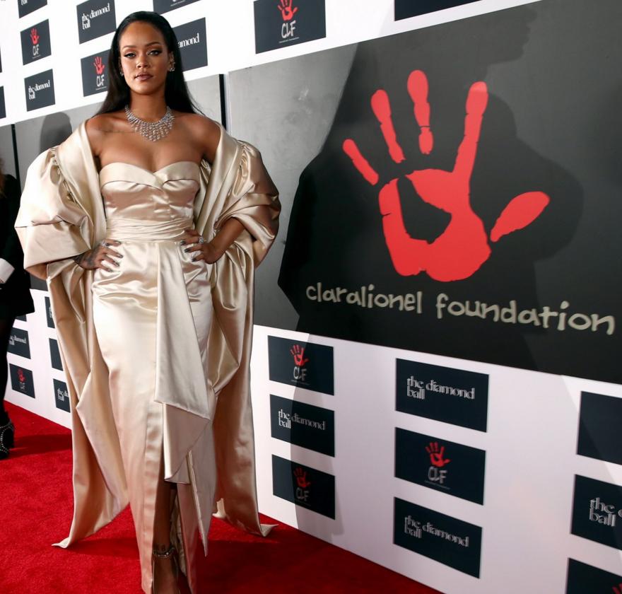Rihanna y Donna Karan se unen para crear una colección solidaria