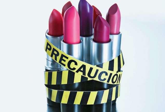 El peligro de comprar maquillaje falso
