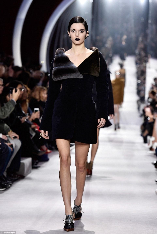 Kendall Jenner es homenajeada con el premio Fashion Icon of the Decade