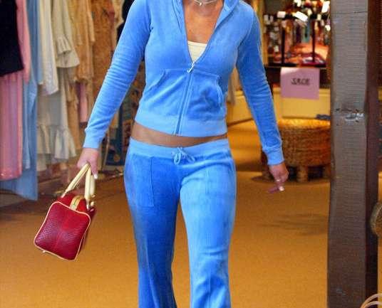 ¿Regresa el boom de Juicy Couture? Recordamos los trajes deportivos del 2000