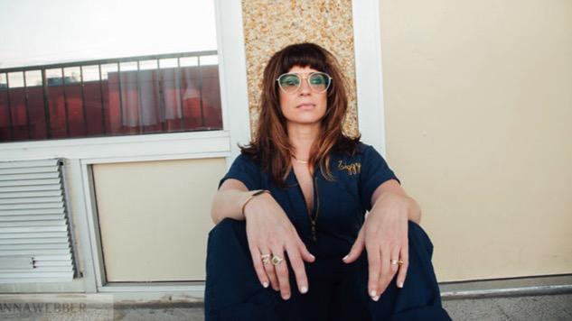"""El estilo de Nicole Atkins, la intérprete de """"Heroes"""" versión Heineken"""