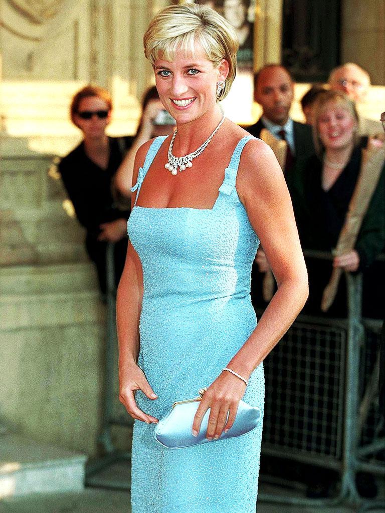 Diana de Gales y sus diseñadores: Jacques Azagury