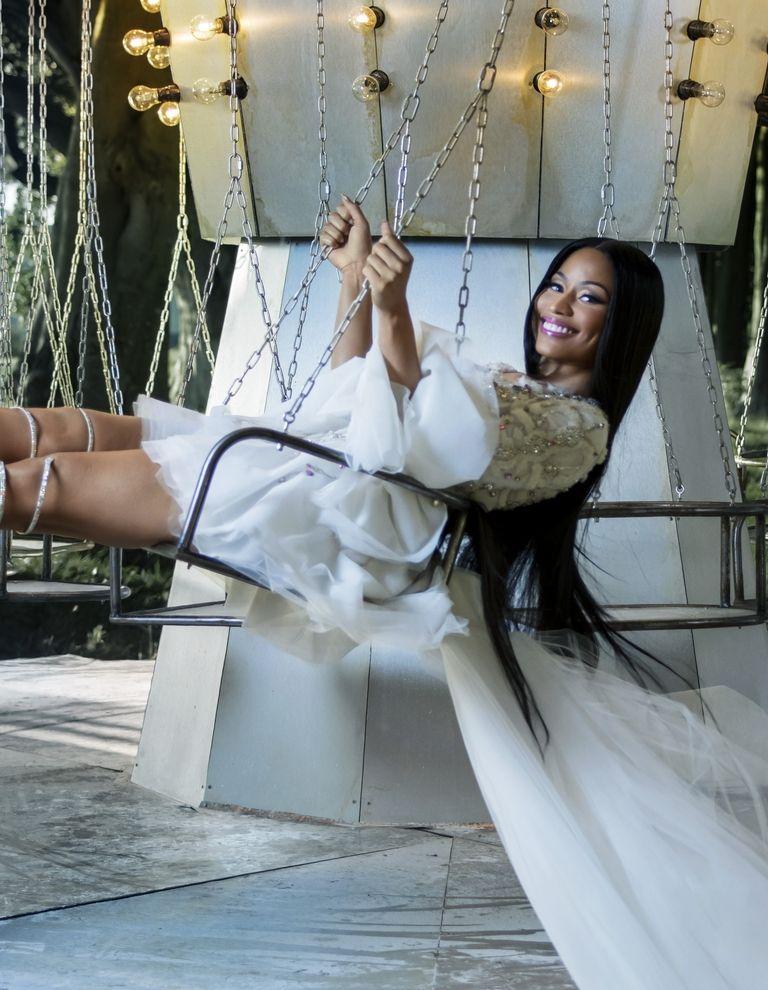 Nicki Minaj en el vídeo de navidad de H&M