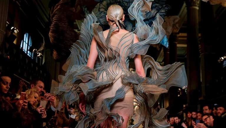 Los detalles de la colección S/S 2018 Alta Costura de Iris Van Herpen