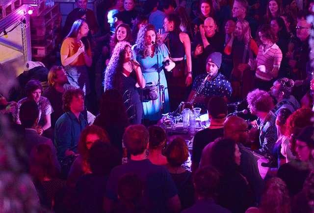 Conoce tres lugares para disfrutar música electrónica en Ámsterdam junto a Heineken