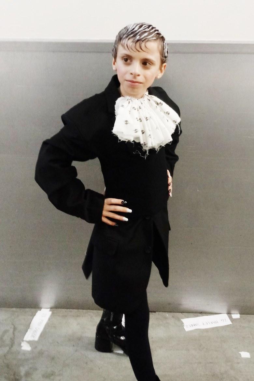"""Desmond, el """"drag kid"""" de 10 años que debutó en el desfile de Gypsy Sport"""