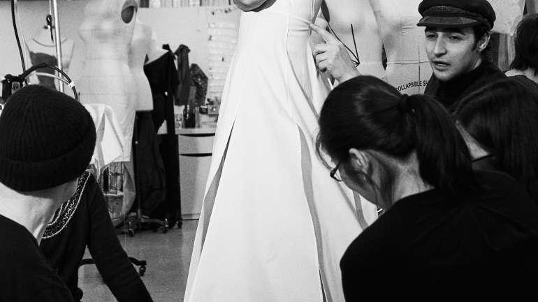 Katie Holmes protagoniza el lookbook F/W 2018 de Zac Posen