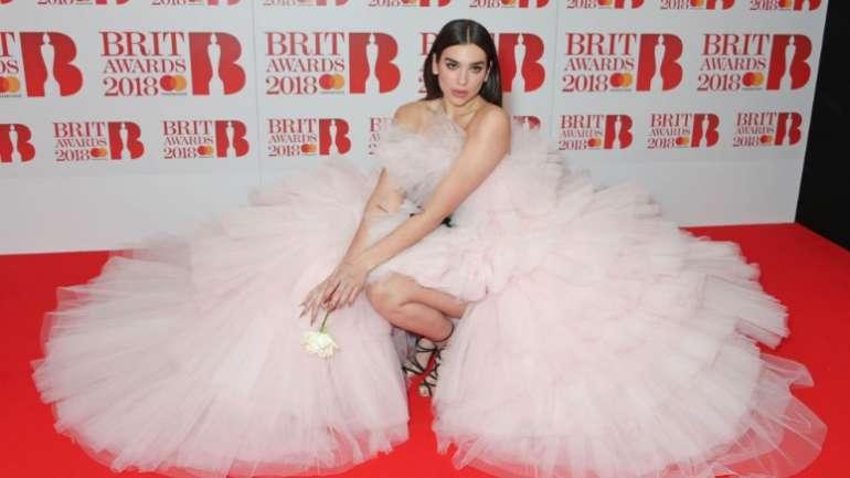 Los trajes de los Brit Awards 2018