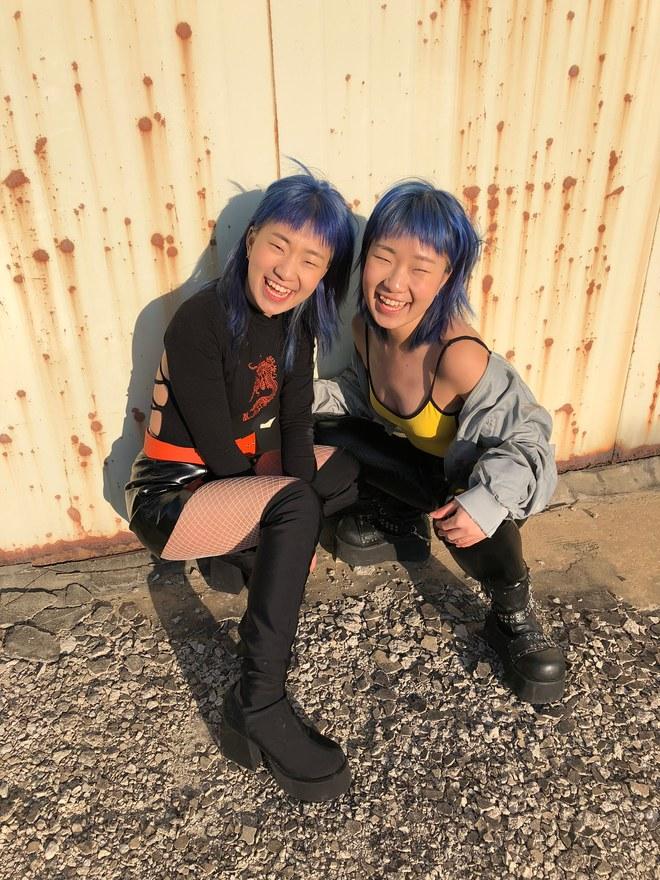 Conoce cuatro cuentas de Instagram de gemelas fashionista