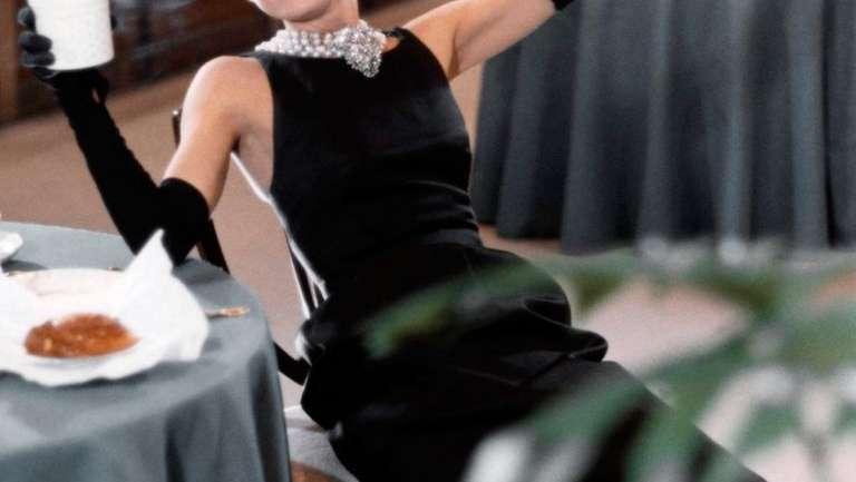 La relación de diseñador y musa entre Hubert de Givenchy y Audrey Hepburn