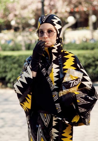 Barbra Streisand + Arnold Scaasi, una atrevida colaboración de moda