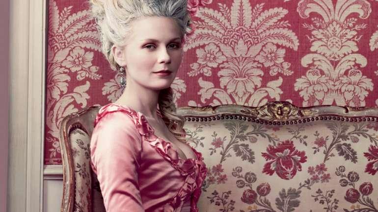 Think Pink: Los vestidos rosados más importantes del cine