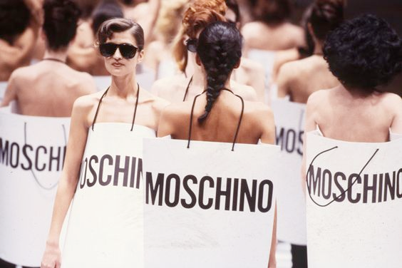 La moda irónica y Franco Moschino, el pionero