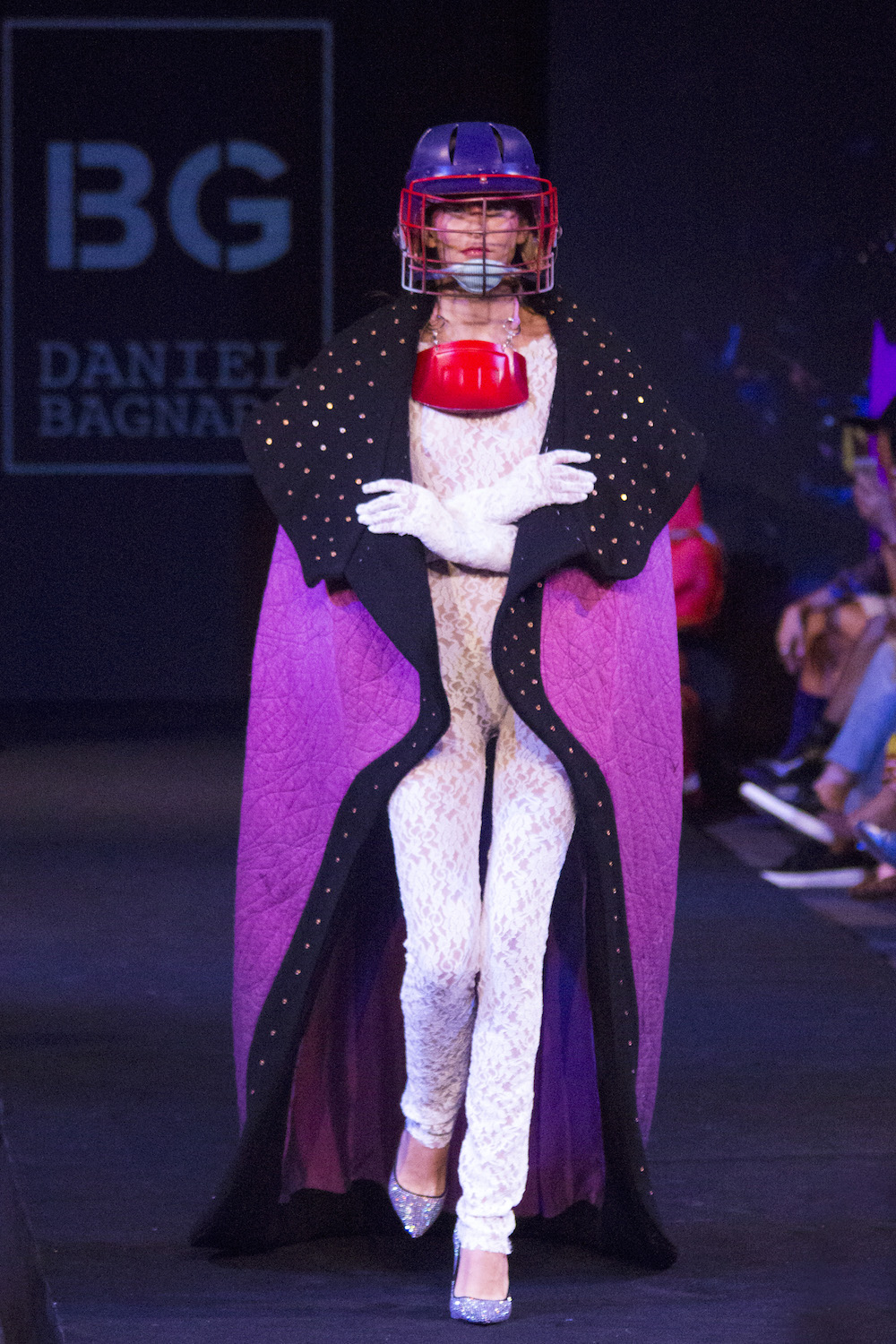 Moda y performance: Daniel Bagnara en Santiago Fashion Week 2018
