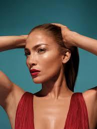 JLOXINGLOT, la primera colección de maquillaje de Jennifer López