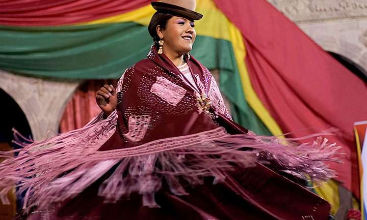 Miss Chola Transformista 2018: Tradiciones bolivianas para un nuevo mundo