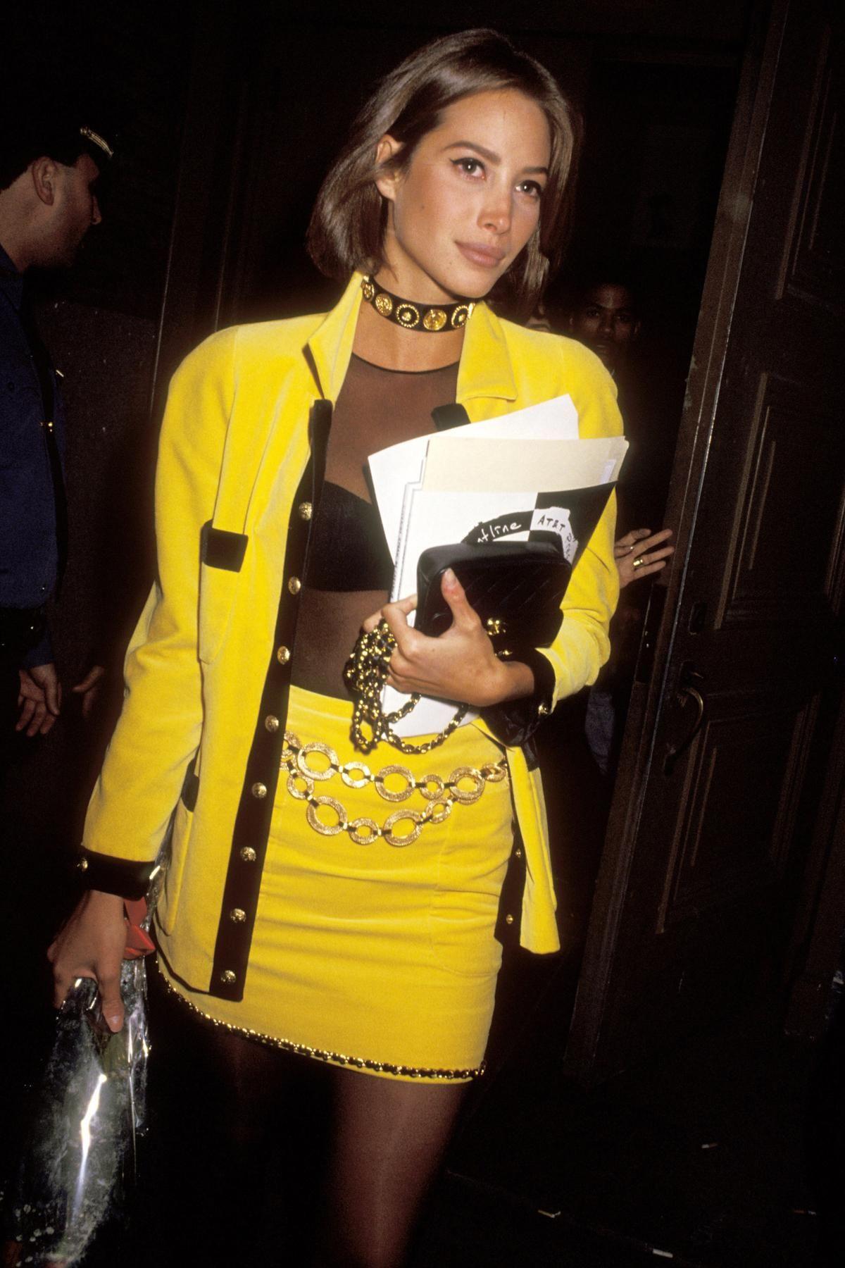 Nadie supera a las supermodelos: El elegante estilo de Christy Turlington en los '90