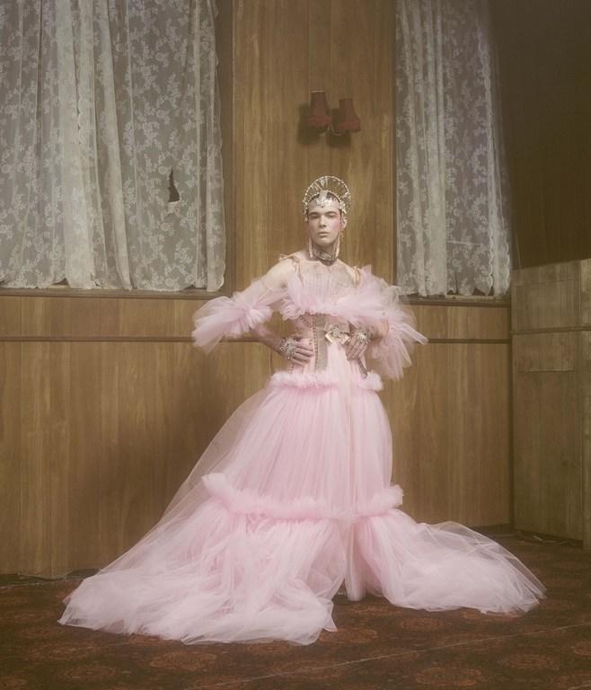 Amor sin límites: La colección Bridal de Dilara Findikoglu