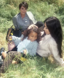 Fendi se une al clan Kardashian para la campaña #MeandMyPeekABoo