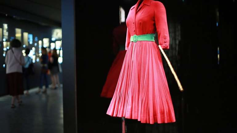 El museo Victoria & Albert albergará la exhibición más grande de Christian Dior