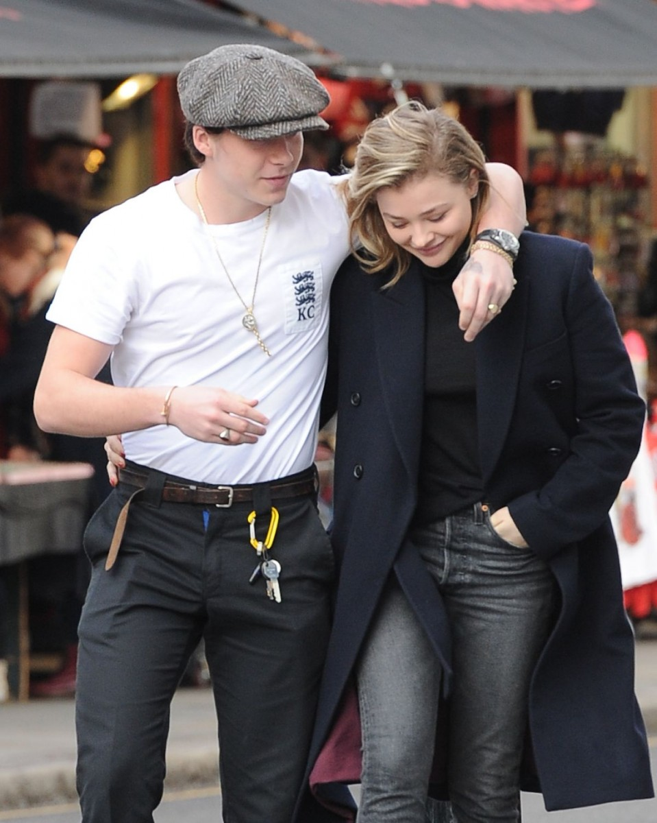 Aunque ya no estén juntos: El estilo de Chloë Grace Moretz y Brooklyn Beckham