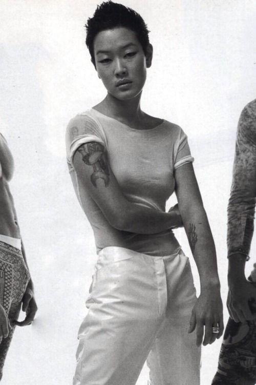 Jenny Shimizu, la modelo andrógina de los '90
