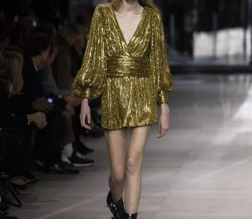 Margot H, la nueva modelo que cerró el show de Celine en Paris Fashion Week