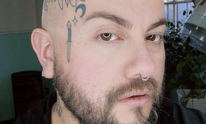 Tatuajes en la cara, el boom de una tendencia con distintos orígenes