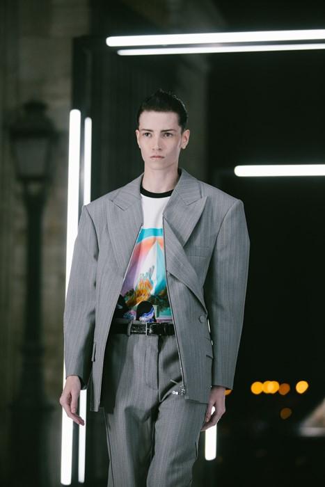 Los modelos trans y andróginos que estuvieron presentes en el desfile de Louis Vuitton