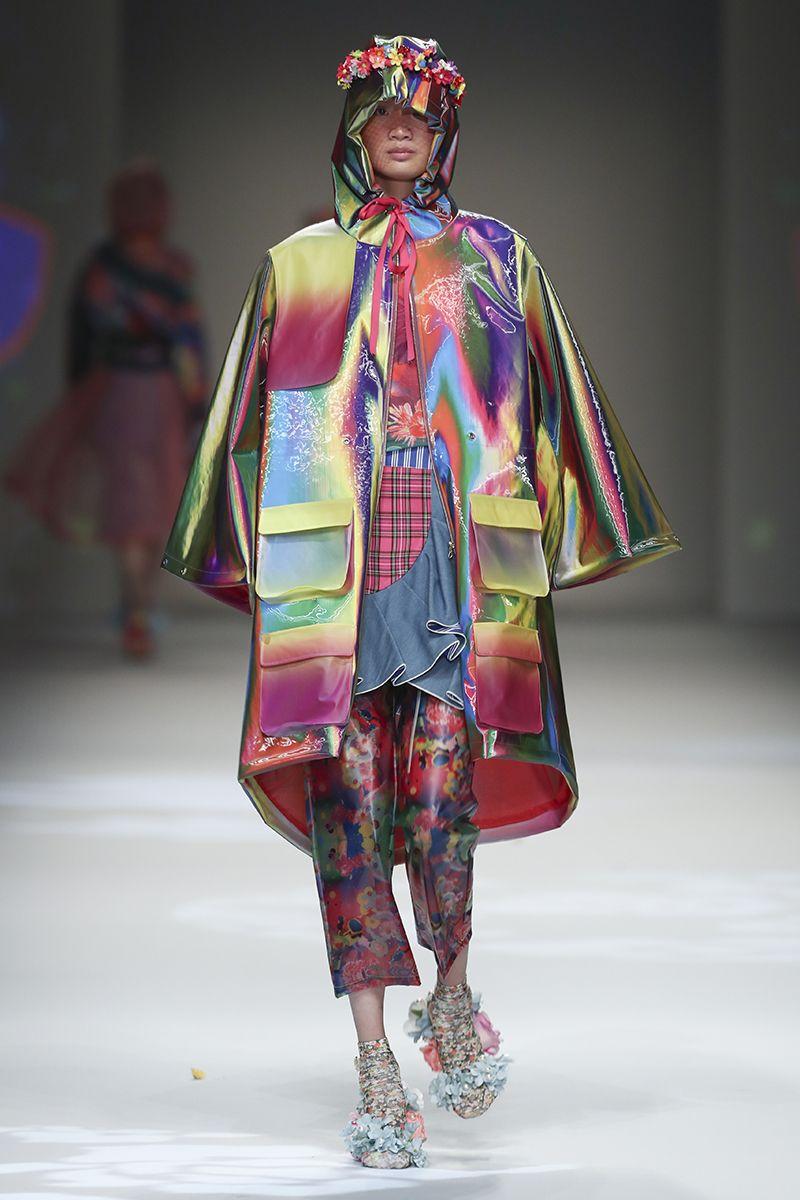 Los mejores looks de pasarela de Shanghai Fashion Week S/S 2019